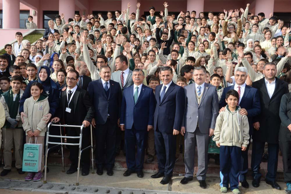 Bakan Yılmaz, Bakan Eroğlu ve Vali Topaca Ağaçlandırma Merasimine Katıldı